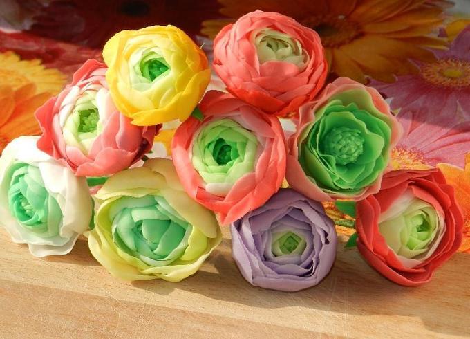 Краски лета— садовые лютики втехнике керамической флористики