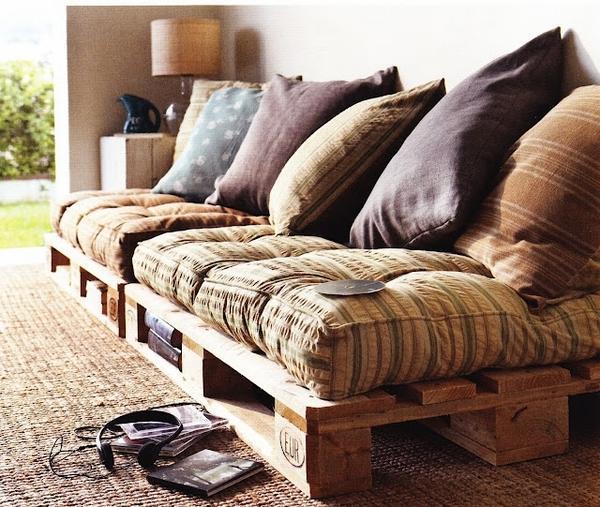 Мебель для дачи изстроительных поддонов (паллетов)