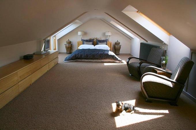 Как использовать пространство мансардной комнаты на100%