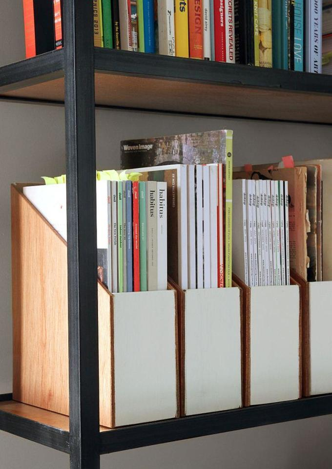 Как сделать органайзер для хранения журналов своими руками