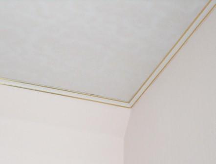 Подвесные потолки изПВХ. Монтаж потолочного плинтуса