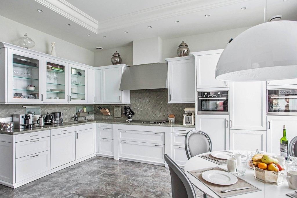 Как выбрать кухонный стол: 7интересных идей