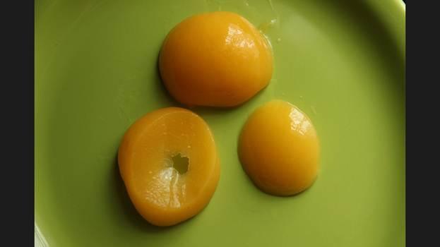 Желток из абрикосов