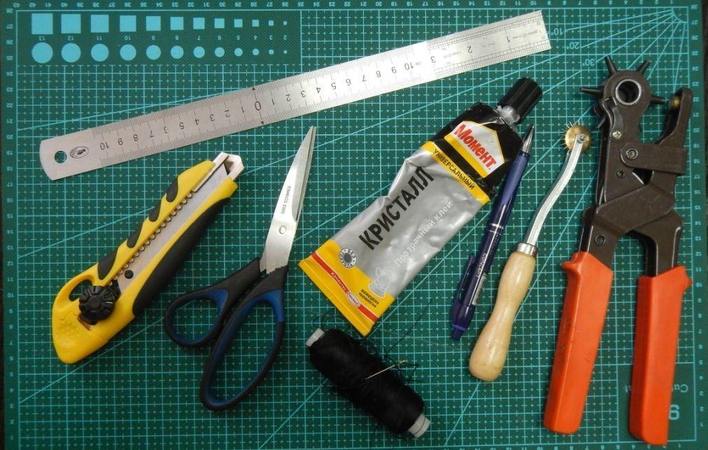 Инструменты для пошива коротких перчаток