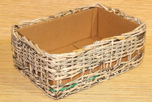красивая коробочка плетеная