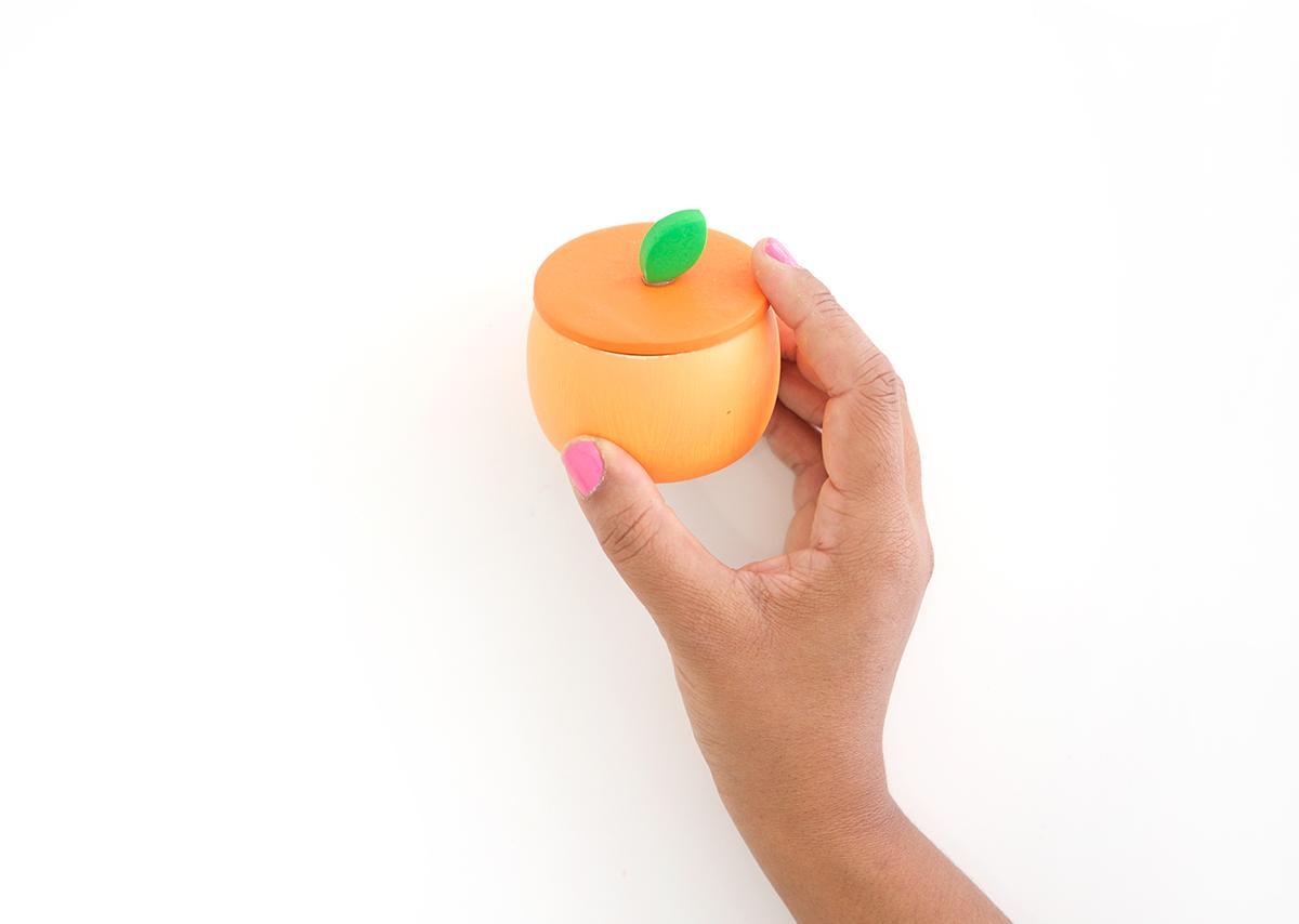 Шкатулка персик