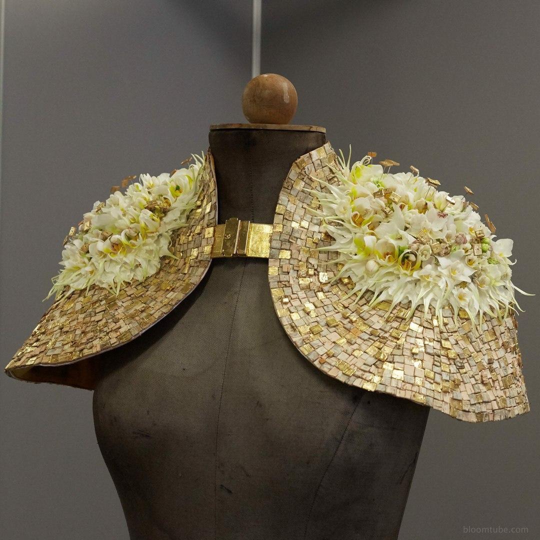 Одежда с цветами