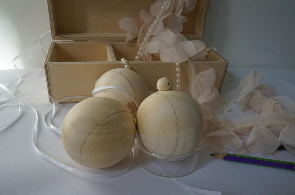 Деревянные елочные шары фото