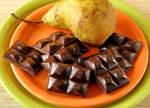 Груша с шоколадом