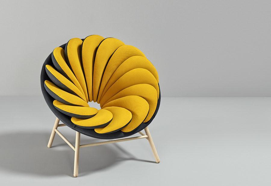 Необычное кресло, похожее нацветок