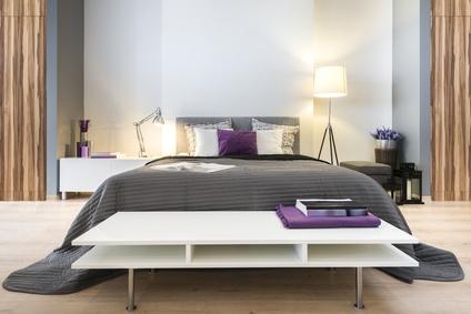 Обстановка современной спальни