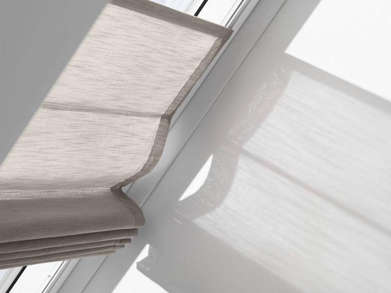 Дизайн штор для мансардных окон