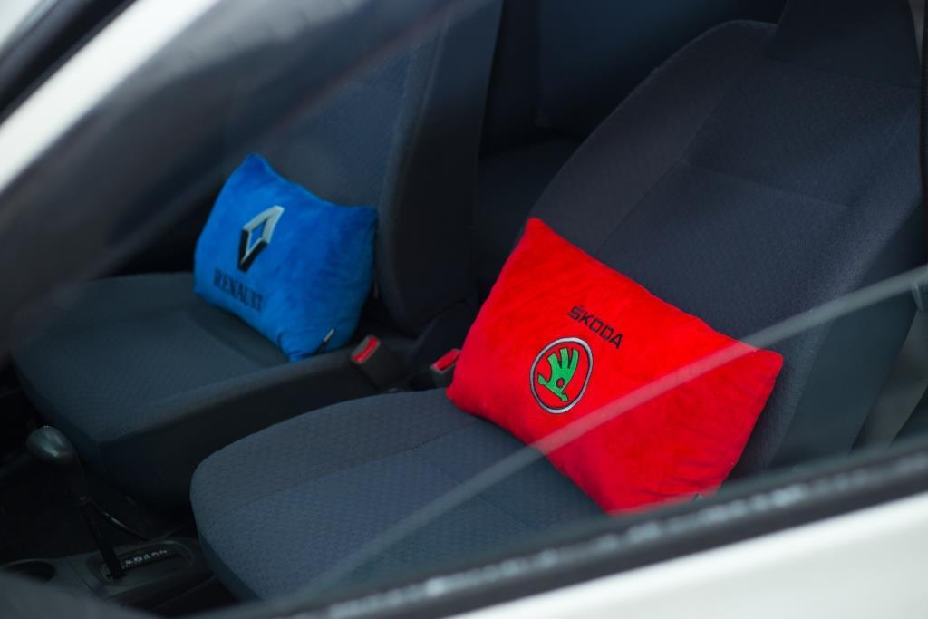 Подушки для авто