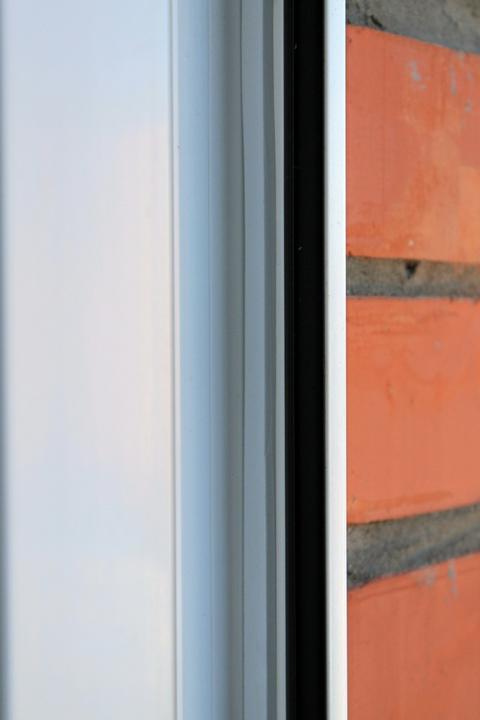 Резиновые уплотнители окон