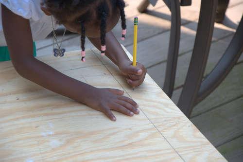 Детский столик  своими руками