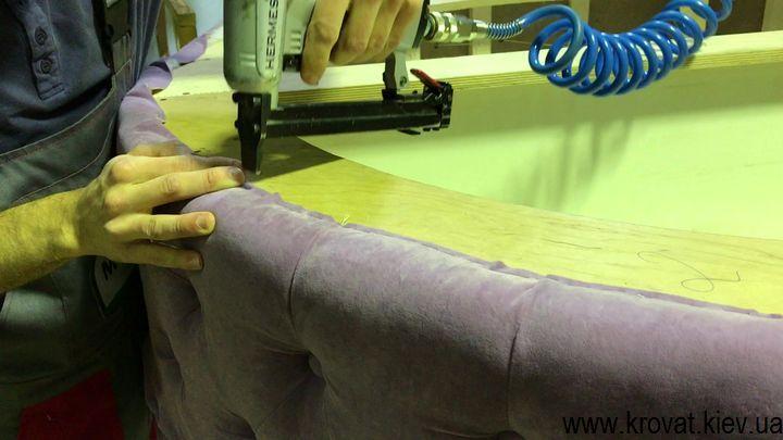 Большой пуф симитацией каретной стяжки своими руками