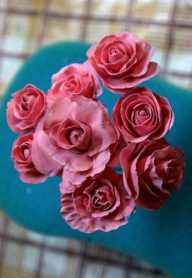 розы из холодного фарфора