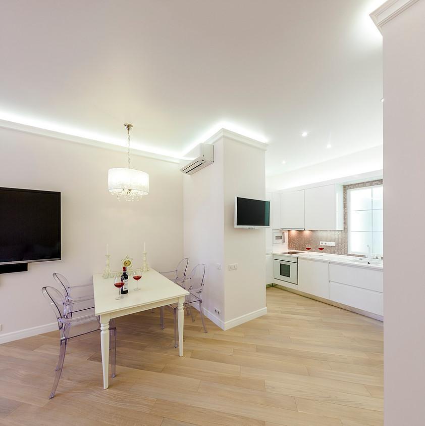 Неоклассика для молодой семьи. Дизайн-проект квартиры вЖКАлые Паруса
