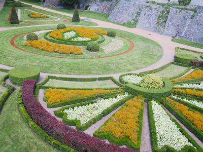 зеленый бордюр французский сад