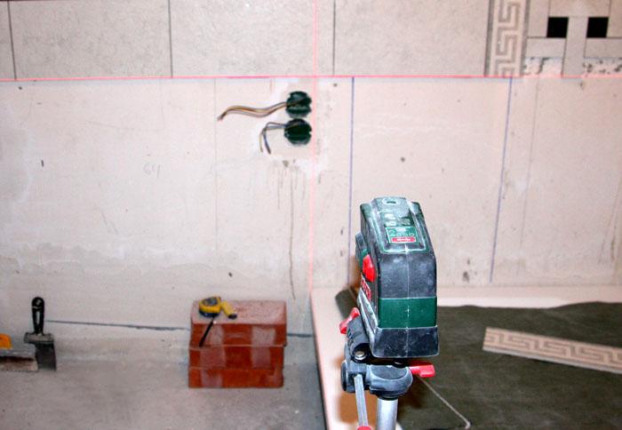 Укладка керамогранита на стену