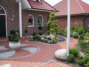 Бордюр для садовых дорожек: из чего и как сделать ландшафтный элемент своими руками