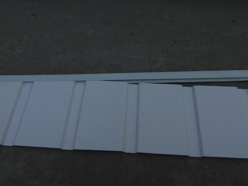 уголок для металлорофиля фото