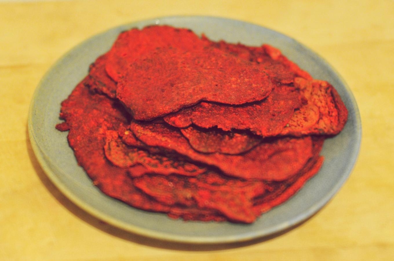 Красные оладушки изсвеклы инутовой муки