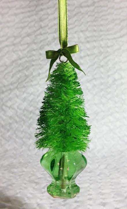 Как сделать маленькую самодельную елку