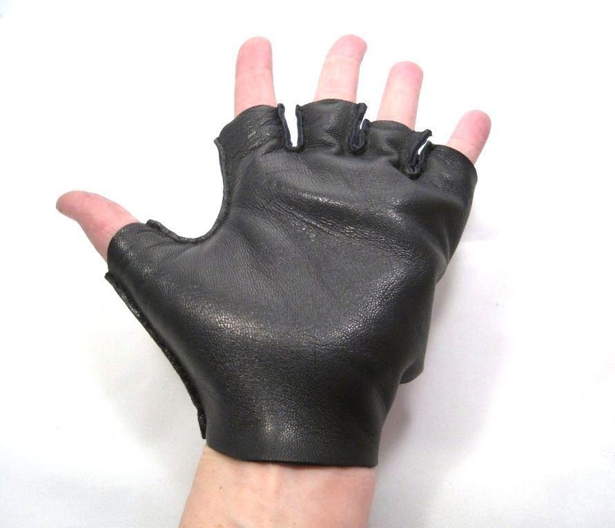 Короткие перчатки