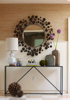 Стильное зеркало