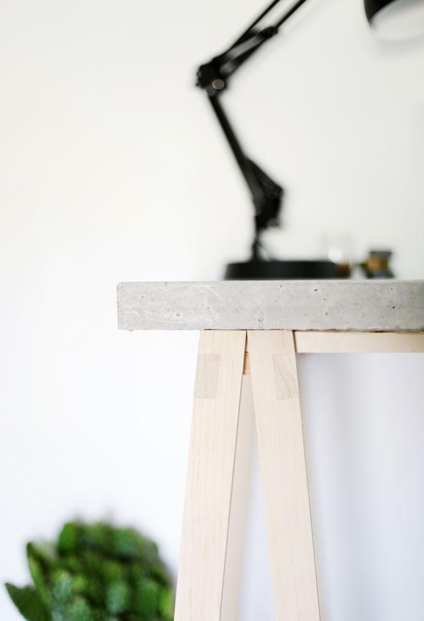 Как сделать стол сбетонной столешницей
