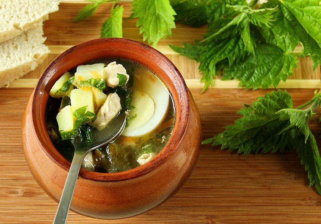 Суп с щавелем и крапивой