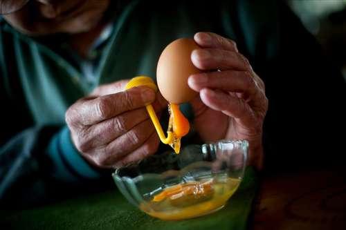 Яйцо резное