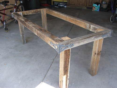 Фото самодельного стола из дерева