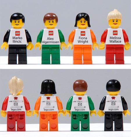 Сотрудники LEGO