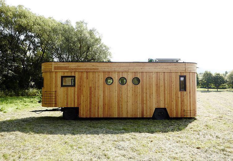 Маленький дом, способный обеспечить себя всем необходимым