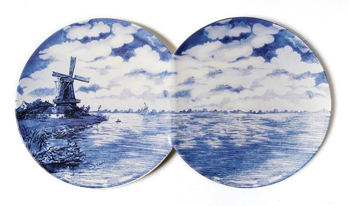 Расписная фарфоровая тарелка