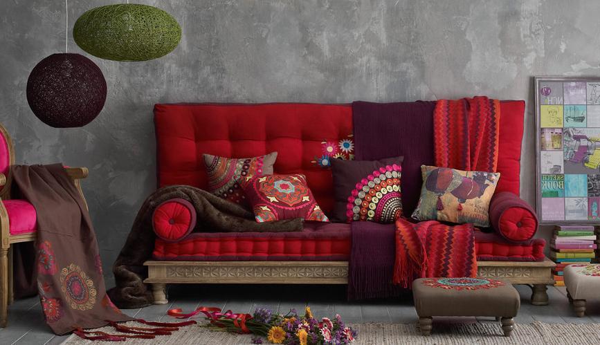 Восточные подушки винтерьерном дизайне