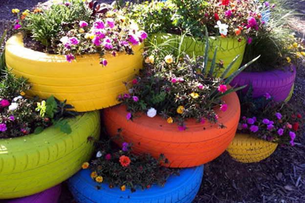 Клумбы для цветов своими руками фото из пластиковых бутылок