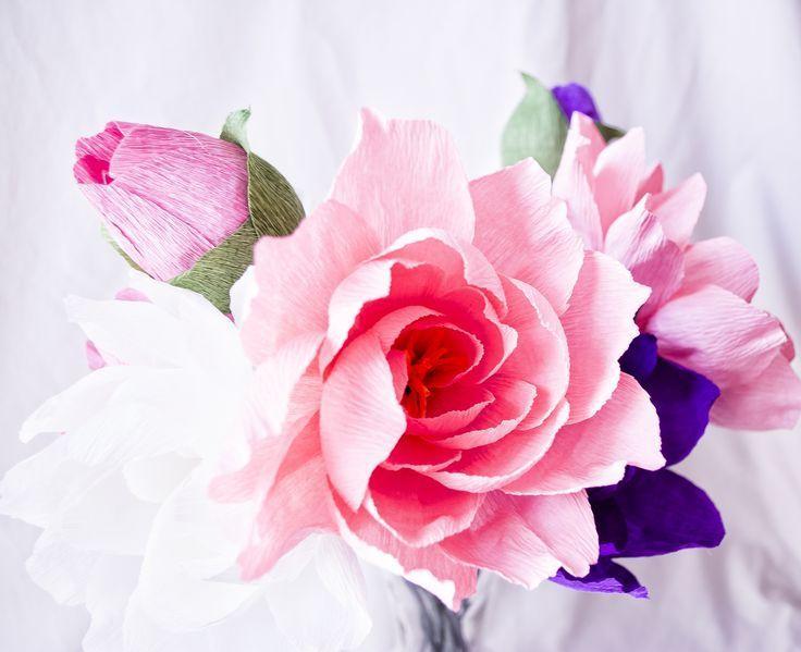 Как сделать цветы избумаги своими руками: мастер-классы ифото готовых шедевров