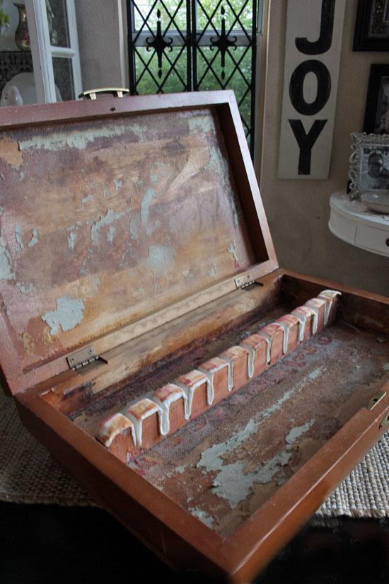 Реставрация старой шкатулки своими руками