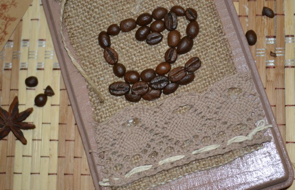 Кофейные зерна в рукоделии