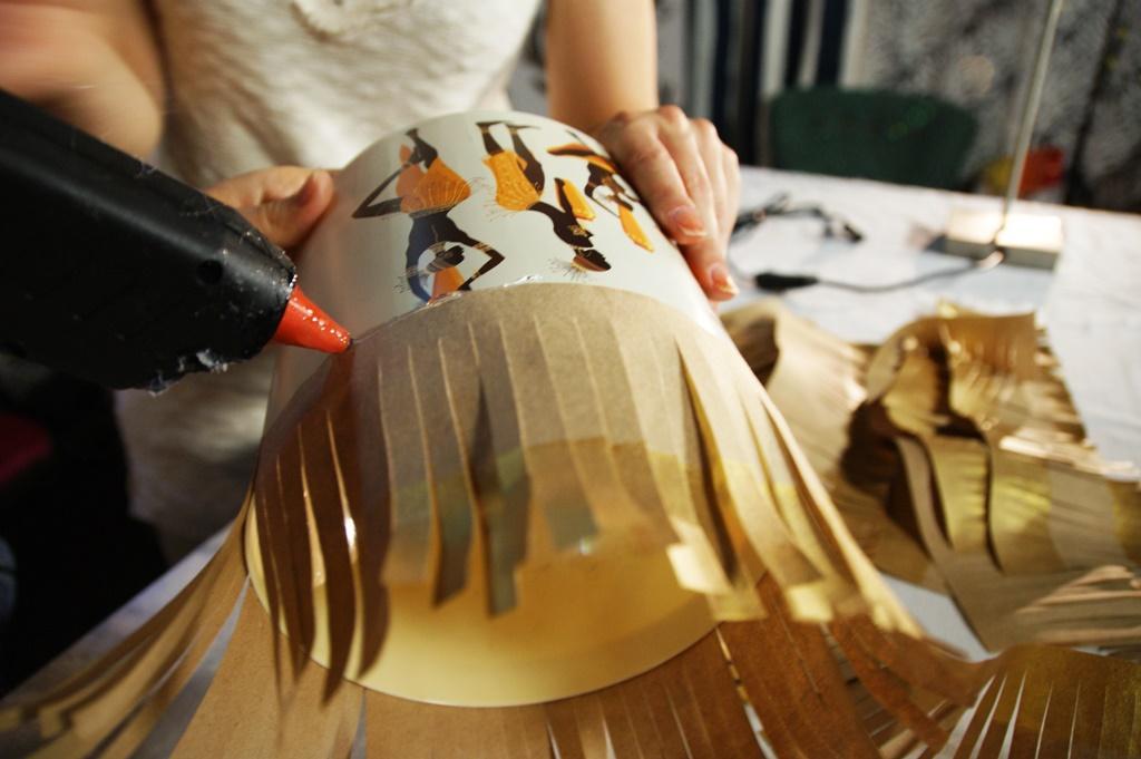 Золотая бумага для декора