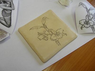 Сделать рисунок на плитке своими руками