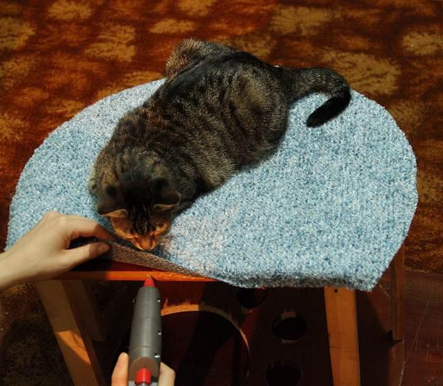 Делаем лежанку для кошки