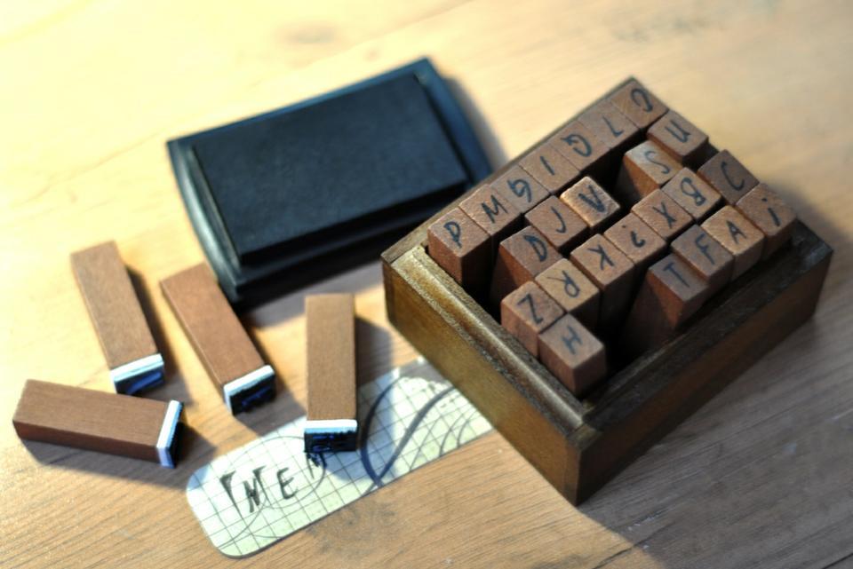 Алфавитные штампы