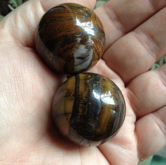 bolas-de-piedra