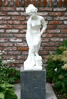 Аксессуары для сада - скульптуры из бронзы
