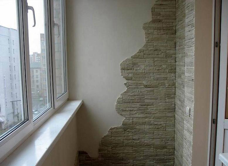 Обзор популярных материалов для отделки балкона