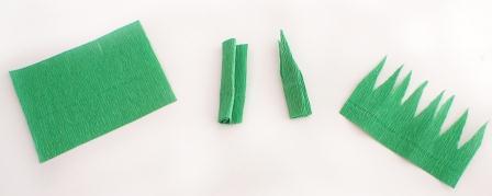 Прямоугольник из зеленой гофрированной бумаги